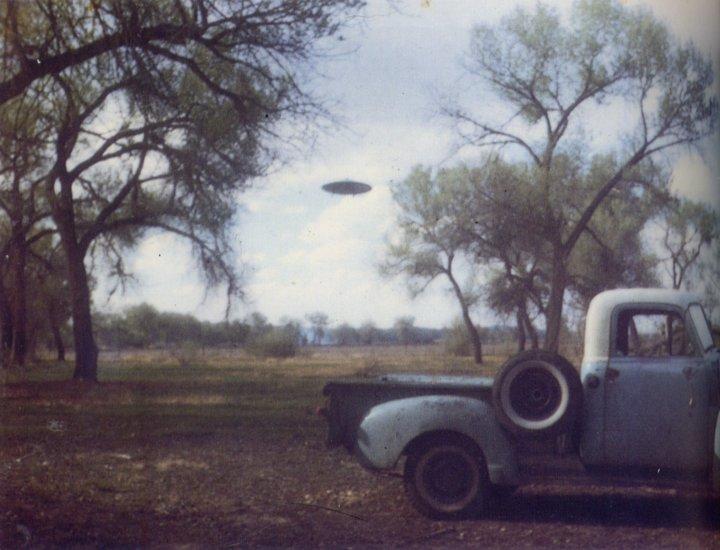 Ufo Ufos At Close Sight Urecat 000696 April 18 1965