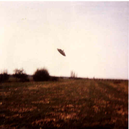 Fake UFO photograph Hamburg 1977