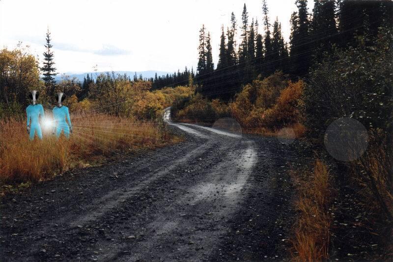 ovni - Les OVNIS vus de près: North Canol Road, Canada, 3